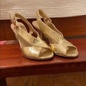 Michael Kors 7.5 Gold snakeskin heel